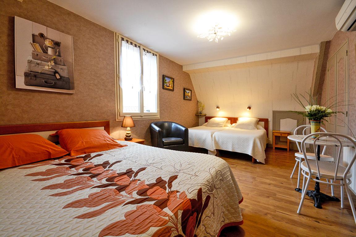 chambre orange chambre orange et jaune des la chambre u garcon jaune et grise peinture. Black Bedroom Furniture Sets. Home Design Ideas