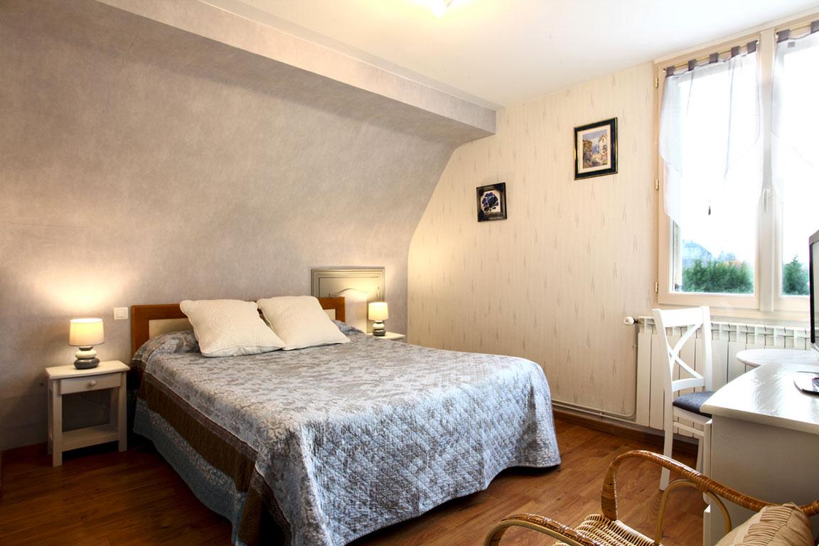 Les Chambres Chambres La Roseraie # Meuble A Ecran Plat Dans Une Chambre